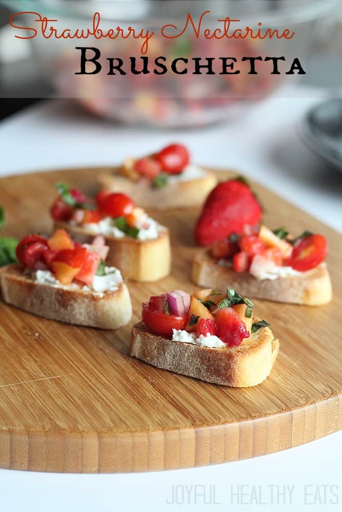 Strawberry Nectarine Bruschetta #healthyappetizer #bruschetta