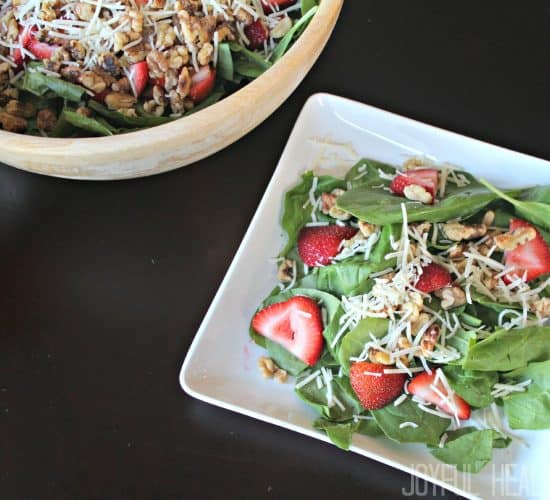Strawberry Spinach Salad #saladrecipes #spinachsalad