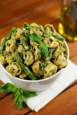 Pesto+Tortellini+Salad+with+Asparagus-6