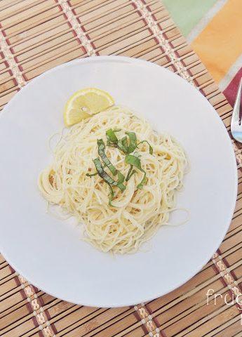 Easy Garlic Lemon Pasta for two