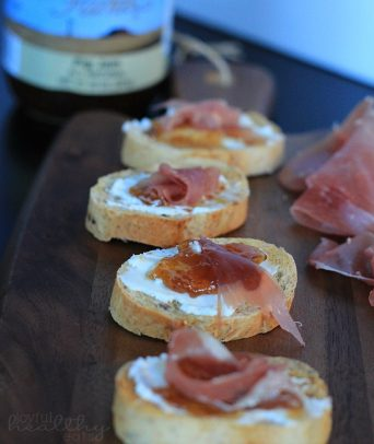 Image of Prosciutto Fig & Goat Cheese Crostini Pieces Lined Up