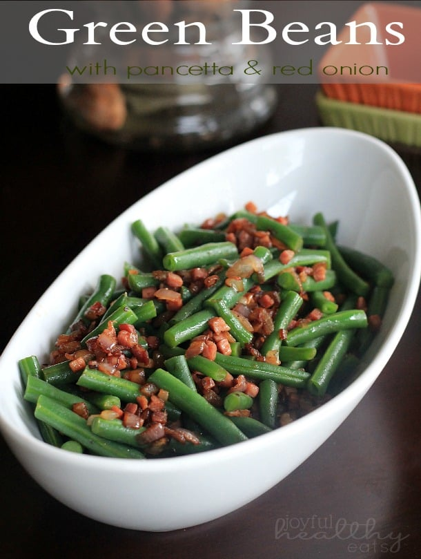 Green Beans with pancetta & red onion #greenbeans #pancetta #casserole #healthysidedishes