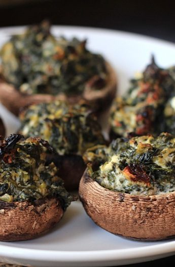 Spinach & Goat Cheese Stuffed Mushrooms #appetizers #mushrooms #holidays #goatcheese #spinach