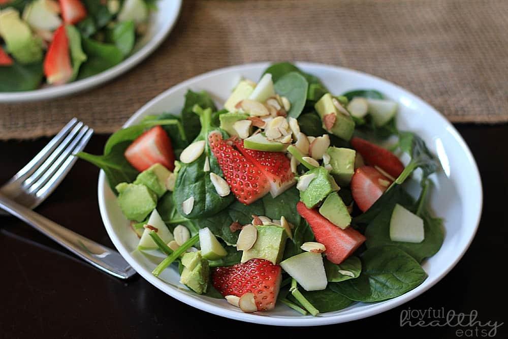 Avocado Strawberry Spinach Salad 4