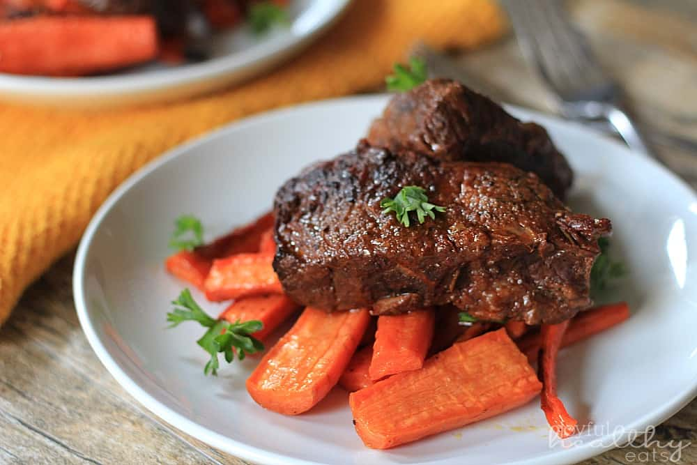 Balsamic Short Ribs #paleo #cleaneating #shortribs #beef #balsamic #braised #maindish