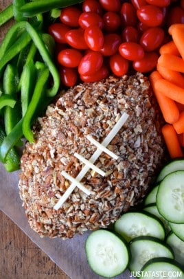 easy-football-cheeseball-recipe