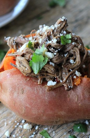 Chipotle Beef Barbacoa Stuffed Sweet Potatoes #sweetpotatoes #crockpot #barbacoa #beef #easyrecipes