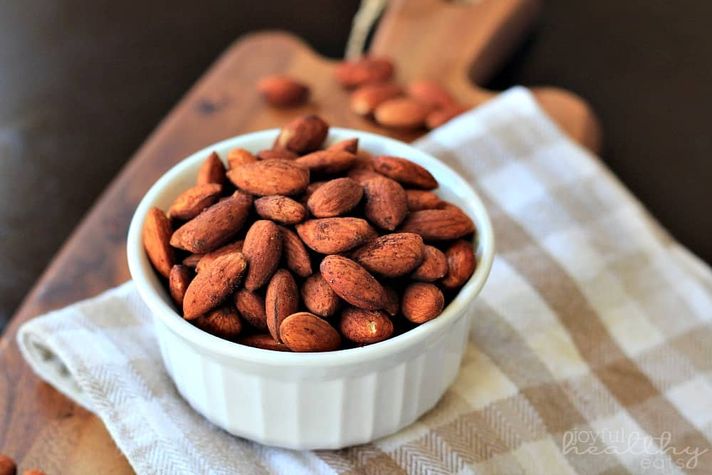 Cinnamon Toasted Almonds #cinnamon #almonds #snack #healthy #appetizer