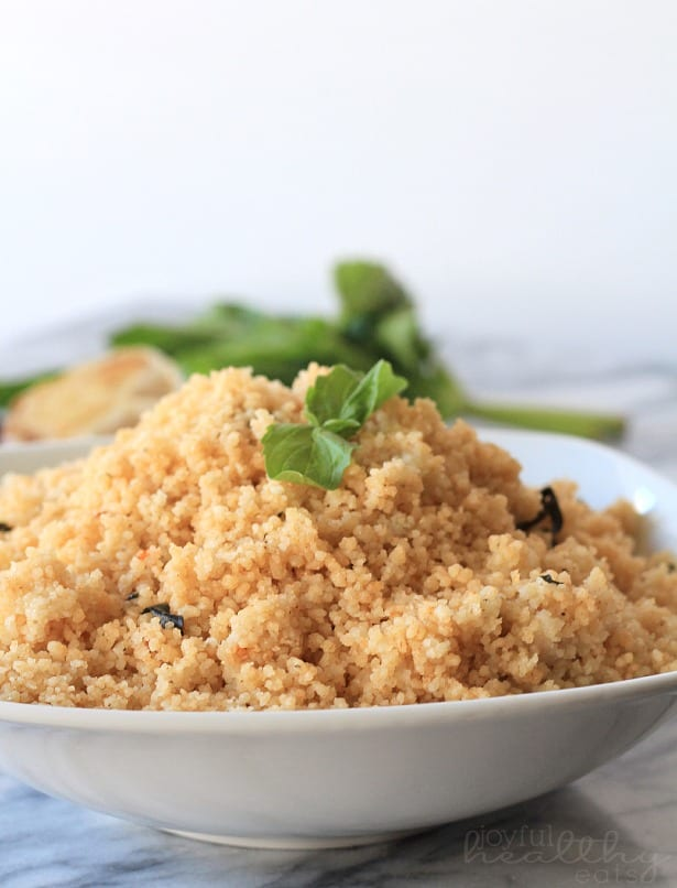 Roasted Garlic & Herb Couscous #couscous #wholewheat #sidedishes #vegetarian