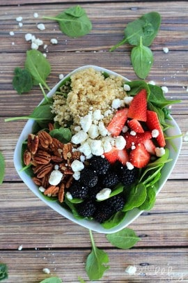 Detox Berry Quinoa Spinach Salad 5