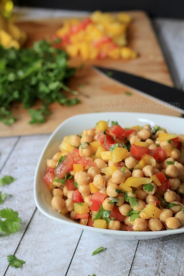 Tex-Mex Chickpea Salad #sidedishes #glutenfree #summer #healthyrecipes #vegetarian #garbanzobeans