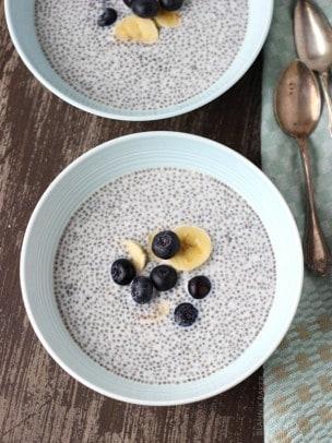 Blueberry Almond Chia Pudding | www.joyfulhealthyeats.com | #breakfast #chiaseeds #blueberry #recipes #healthydessert #glutenfree