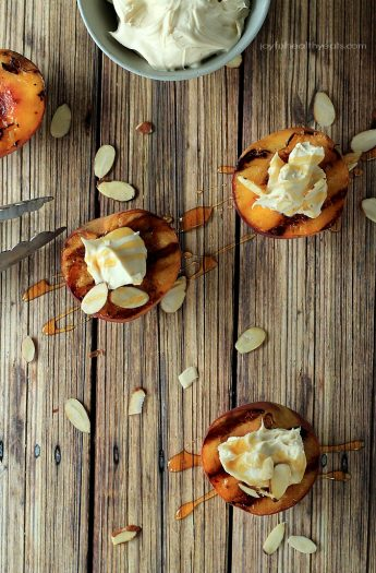 The perfect guilt free late night sweet fix... Grilled Peaches with Maple Honey Mascarpone Cheese | www.joyfulhealthyeats.com