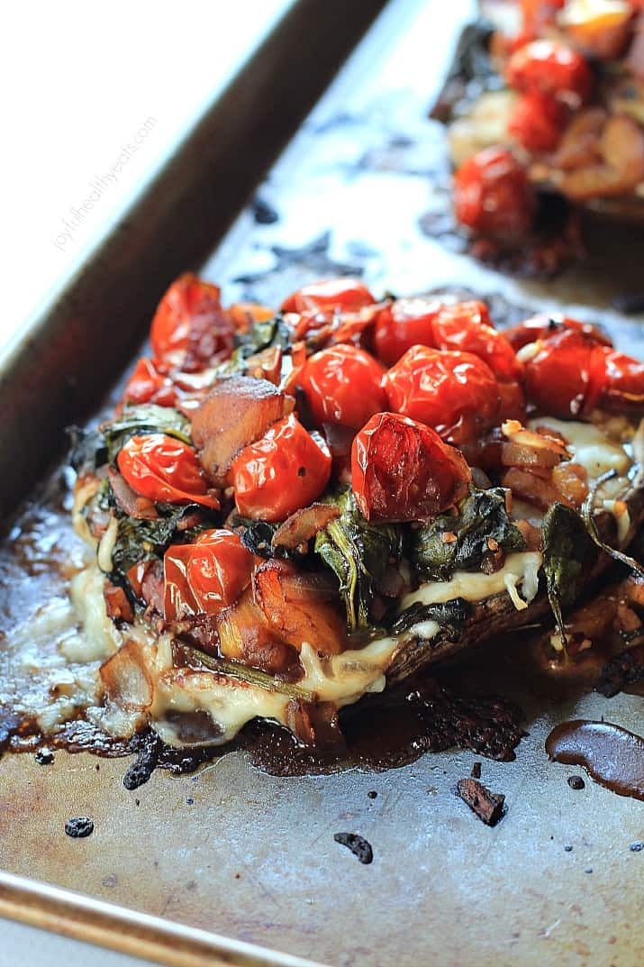 Portobello Mushroom Pizza with Sautéed Balsamic Vegetables, crazy good & healthy! | www.joyfulhealthyeats.com #vegetarian #glutenfree