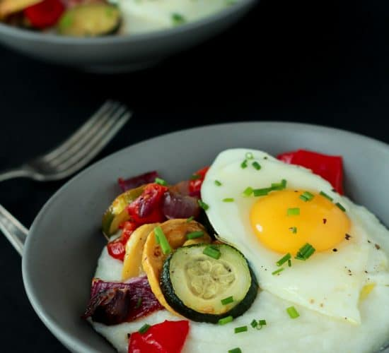 The ultimate easy healthy recipe for breakfast that you need to make! Creamy Goat Cheese Grits and Eggs with Roasted Vegetables | www.joyfulhealthyeats.com