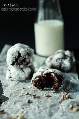 Image of Mint Dark Chocolate Crackle Cookies