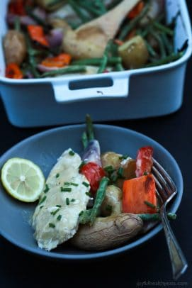 Easy 40 Minute meal that is amazing! One Pot Creamy Garlic Butter Baked Chicken & Vegetables. De-lish! | www.joyfulhealthyeats.com #ad #CampbellSauces #recipes