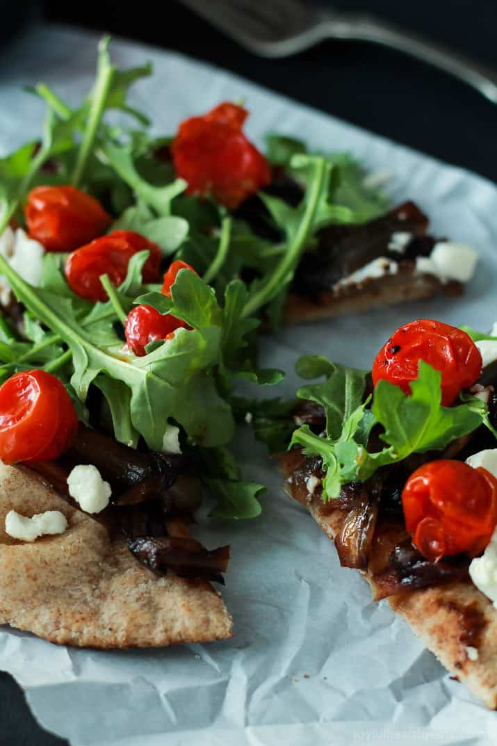 Add this low carb recipe to your collection of 30 minute meals; Pita Pizza that's not shy on flavor. | www.joyfulhealthyeats.com #vegetarian #recipes