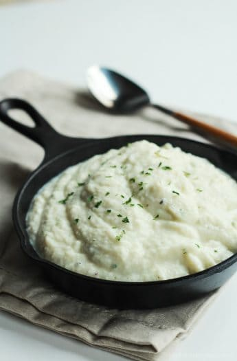 Easy + Creamy Cauliflower Alfredo Sauce, a healthy alternative with half the calories of regular alfredo sauce! Tastes even better! | joyfulhealthyeats.com #recipes