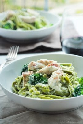 Image of Skinny Chicken Alfredo with Broccoli
