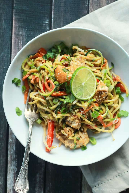 thai-chicken-zucchini-noodles-with-spicy-peanut-sauce-5