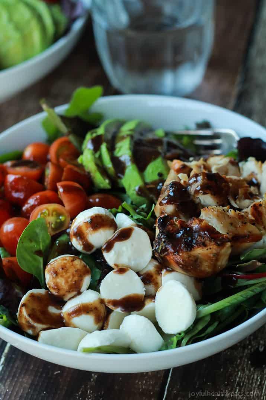 15 Minute Avocado Caprese Chicken Salad With Balsamic