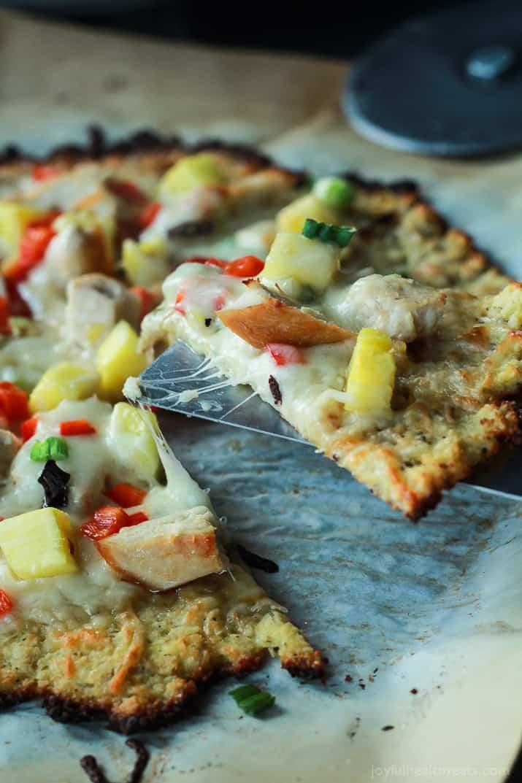 Thai Chili Chicken Pizza with Cauliflower Crust | Easy ...