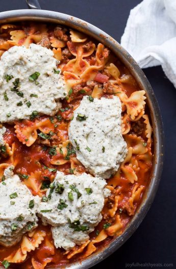 Easy Polka Dot Lasagna Skillet made all in one pot and only 30 minutes! Plus a cookbook review of #expresslanecooking   joyfulhealthyeats.com #recipes