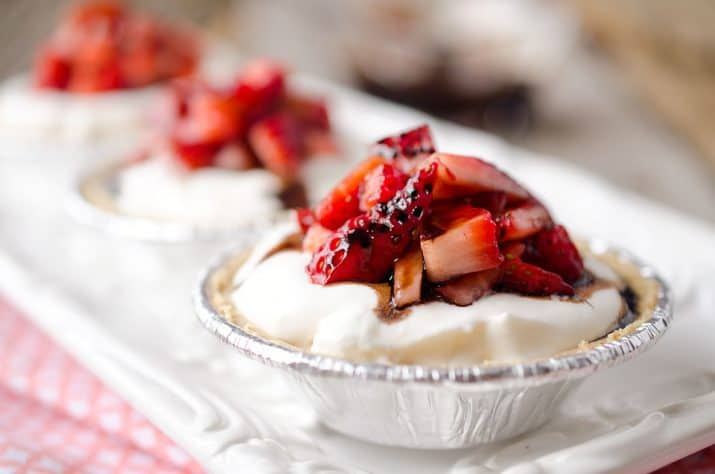 Skinny-Mini-Strawberry-Balsamic-Cream-Pies-3-copy