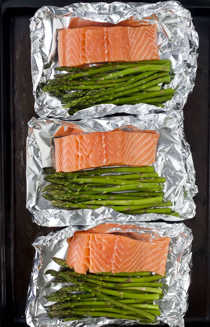 salmon and asparagus in a foil packet