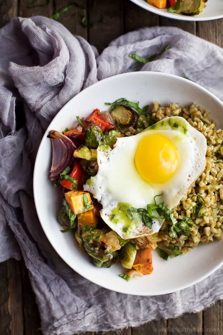 Harvest Roasted Vegetable Grain Bowls - a healthy, filling, fall inspired dinner recipe packed with nutrients and bursting with flavor! You'll love the dressing the farro is tossed with! | joyfulhealthyeats.com #vegetarian