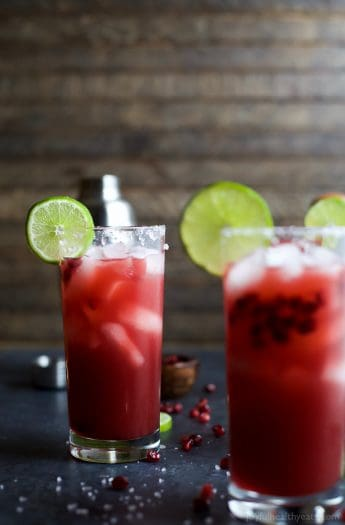 POMEGRANATE MARGARITAS an easy cocktail recipe you can rock all year round! Made with fresh ingredients. Cheers to the BEST Margarita Recipe ever! | joyfulhealthyeats.com