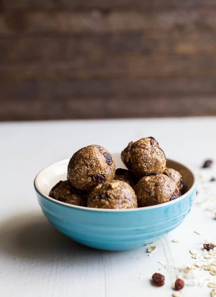 15 Minute No Bake Oatmeal Cookie Energy Bites, an easy healthy snack or on-the-go breakfast option! Filled with hearty oats, maple syrup, and sweet raisins, these energy bites taste just like an Oatmeal Cookie!   joyfulhealthyeats.com