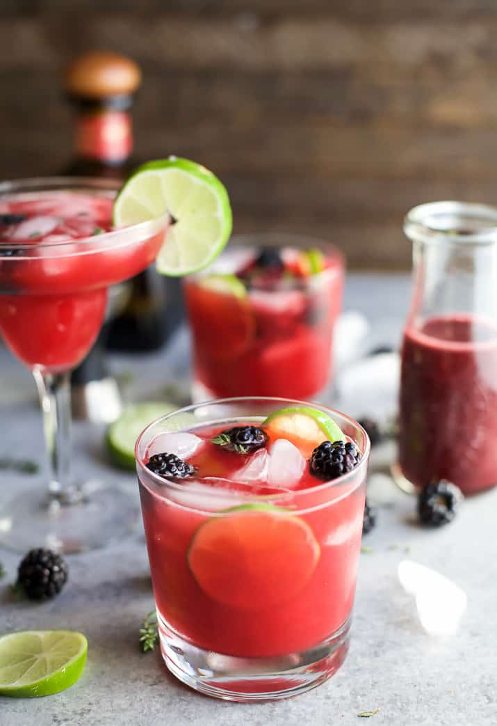 THYME BLACKBERRY MARGARITAS, as gorgeous as they are delicious! This is one smooth margarita with a hint of citrus, blackberry flavor and subtle notes of fresh thyme! You're gonna fall in love! | joyfulhealthyeats.com