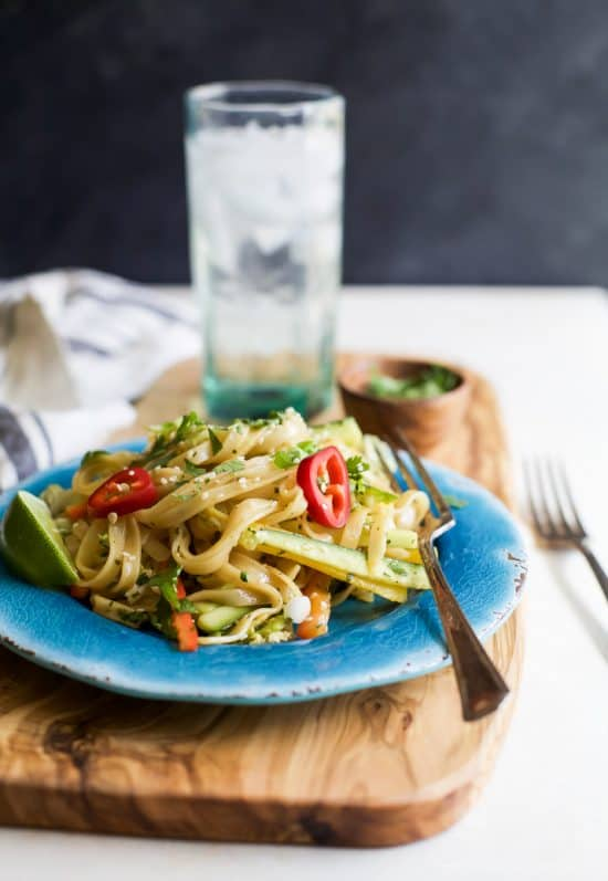 asian noodle salad with sesame dressing