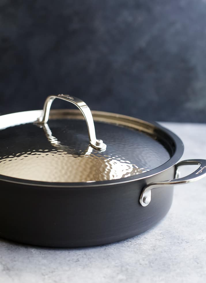 Image of a Pan with the Lid on