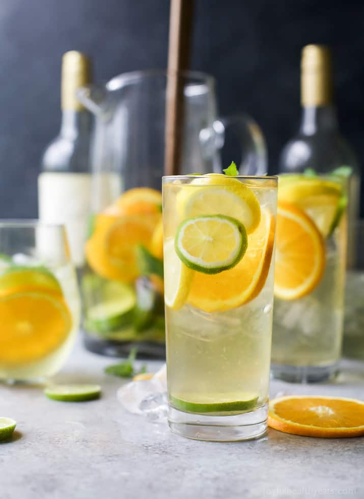 Easy citrus white wine sangria easy healthy recipes for Cocktail recipes with white wine