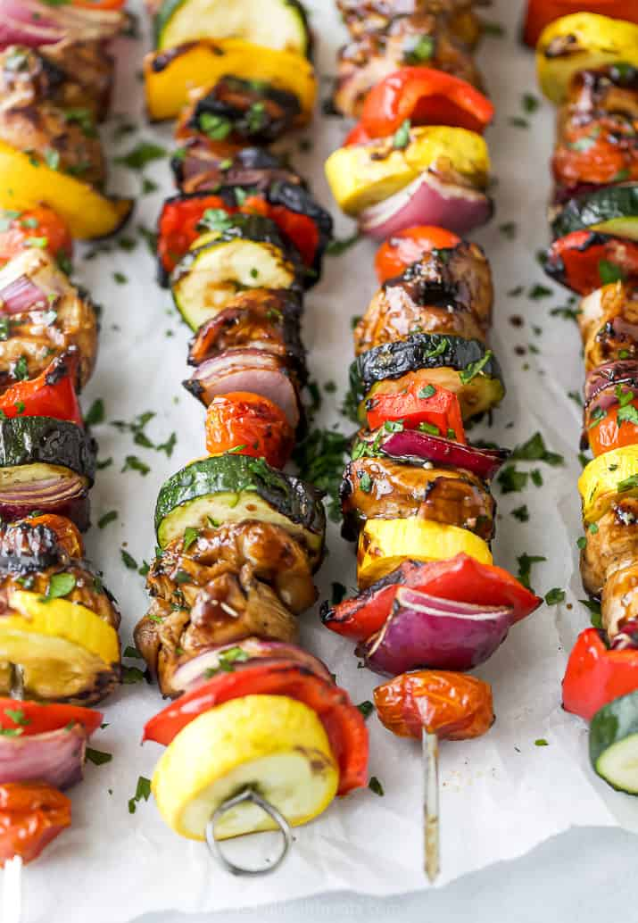 close up of best ever balsamic grilled chicken kabobs