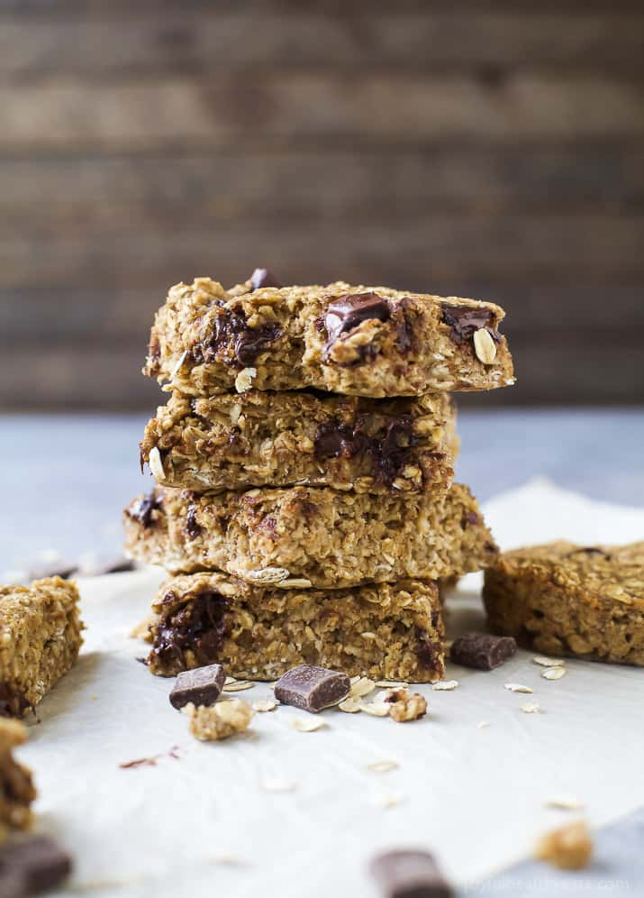 Banana Bread Chocolate Chip Oatmeal Bars - a delicious easy healthy breakfast or snack option that delivers on flavor! I guarantee you'll be making these once a week!