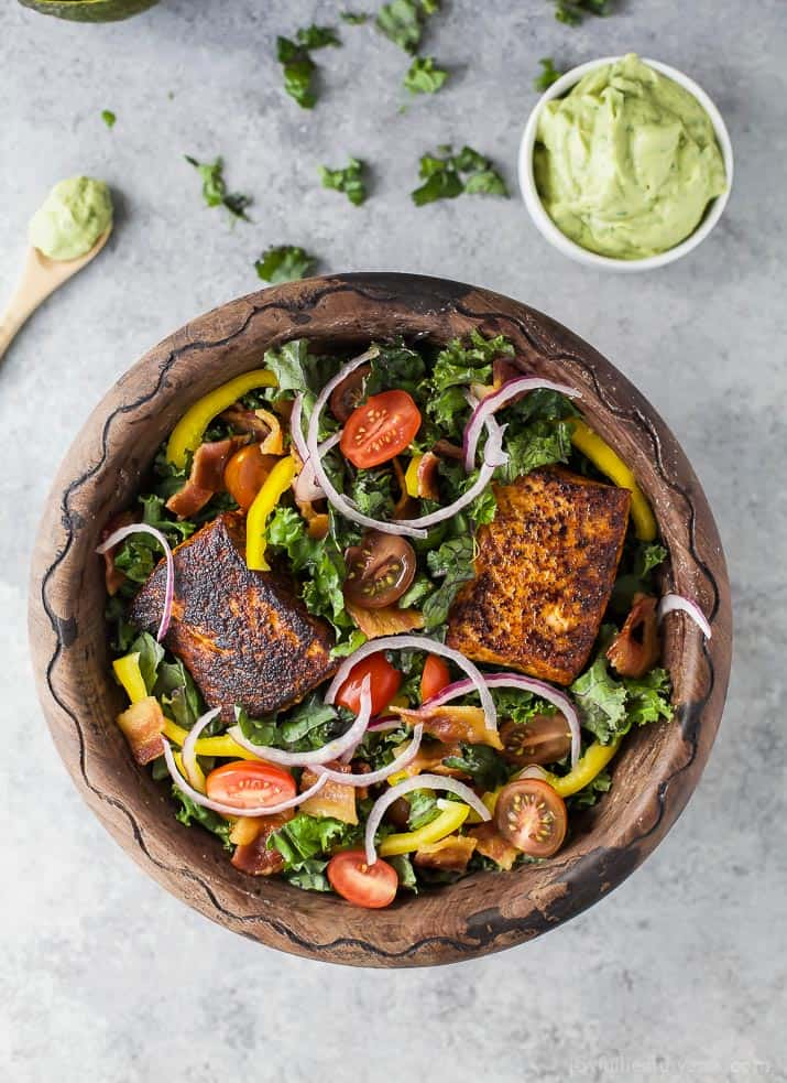 Paleo BLT Salmon Salad topped with a delicious creamy Avocado Dressing. The perfect light healthy dinner recipe that comes together in less than 30 minutes!