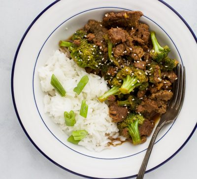 The BEST Instant Pot Mongolian Beef - this classic takeout meal just got a healthy update! Filled with broccoli a gluten free sauce sweetened with honey all made in the instant pot! This Mongolian Beef recipe will become your new go to!