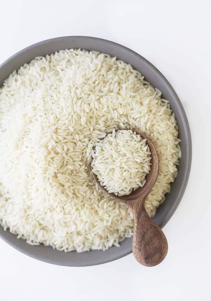 photo of white long grain rice in a bowl