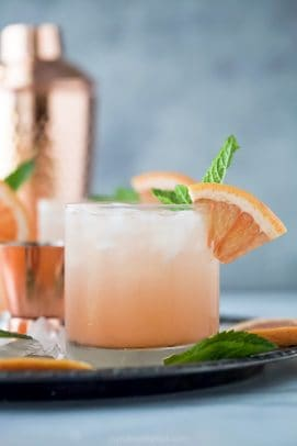 close up photo of epic grapefruit salty dog cocktail recipe