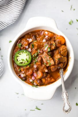 the best instant pot chili recipe in a bowl