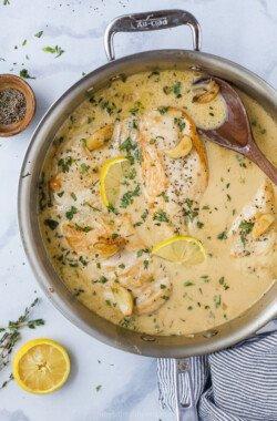 pan seared chicken in garlic cream sauce